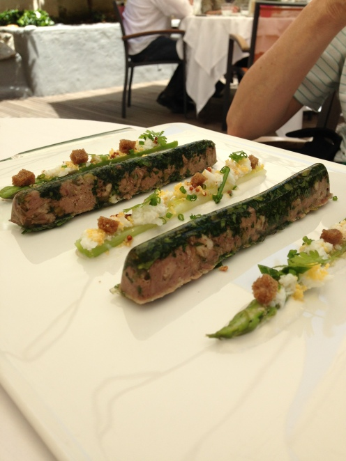 Langue de veau en aspic, asperge verte, poireau/raifort für sie
