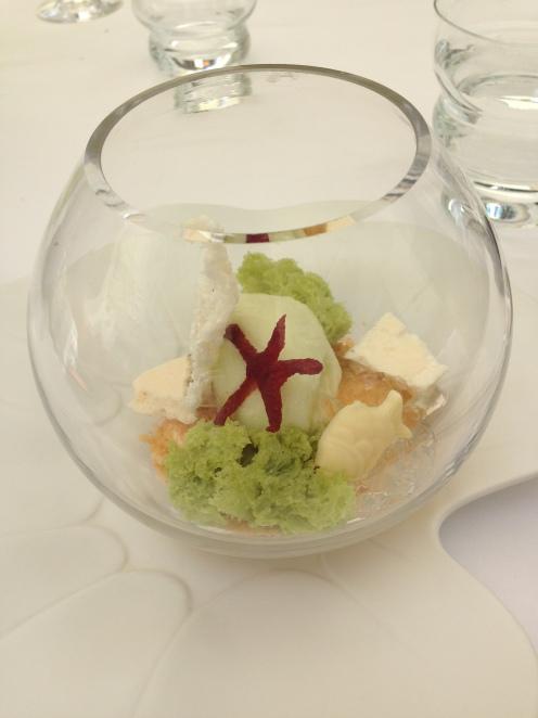Aquarium pistache, chocolat ivoire, sorbet pomme/verveine für mich