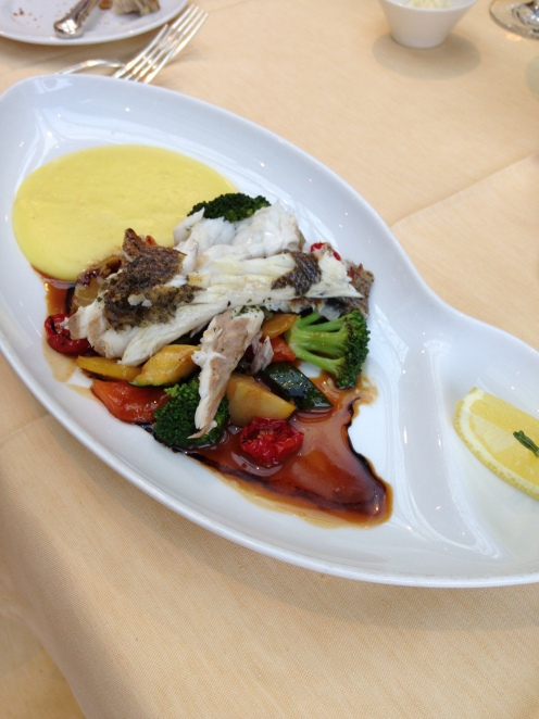 mit Kartoffel - Olivenölcreme und Mediterranem Gemüse
