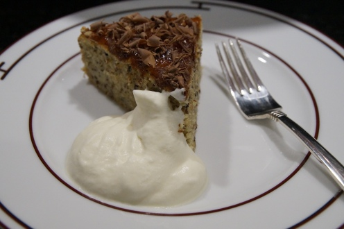 Haselnuss-Mohn-Torte