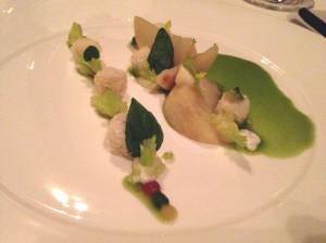 Sellerie Allerlei, grünes Curry, Kokosnuss, Kronsbeere
